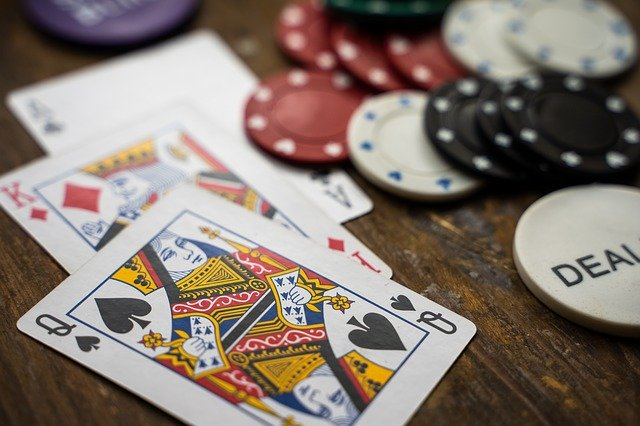 Bar Poker Leagues: Free Live Poker Practice with Prizes